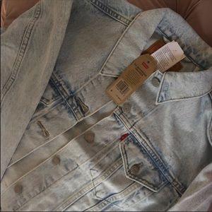 Levi's Jackets & Coats - NWT Levi's jacket - reserved!